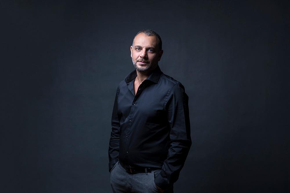 حوار  تامر محسن: أخشى على السينما مصير المسرح.. ولم أكن متيما بـ